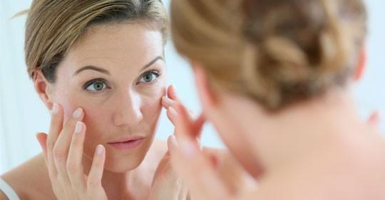 Hazte un estudio gratuito de tus manchas en la piel con Tanit y la Farmacia Doctor Díaz