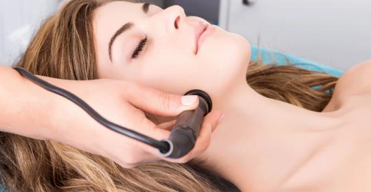 Reduce arrugas y reafirma la silueta con radiofrecuencia y cavitación en Alfafar